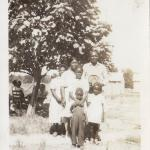 Gertrude Reynolds, Joe Pearl , Manard, Raymond and Norma Jean Harvey at the Favors family home in Bethlehem, Texas